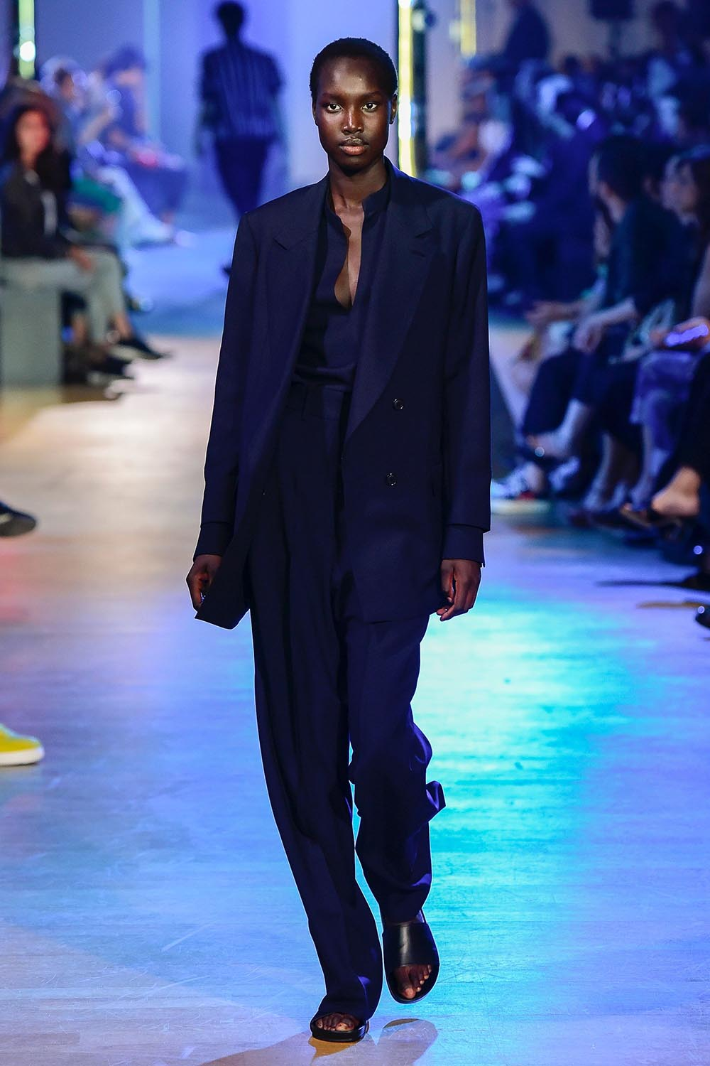 Cerruti 1881 Paris Fashion Week Men's SS19 - Sagaboi - Look 38