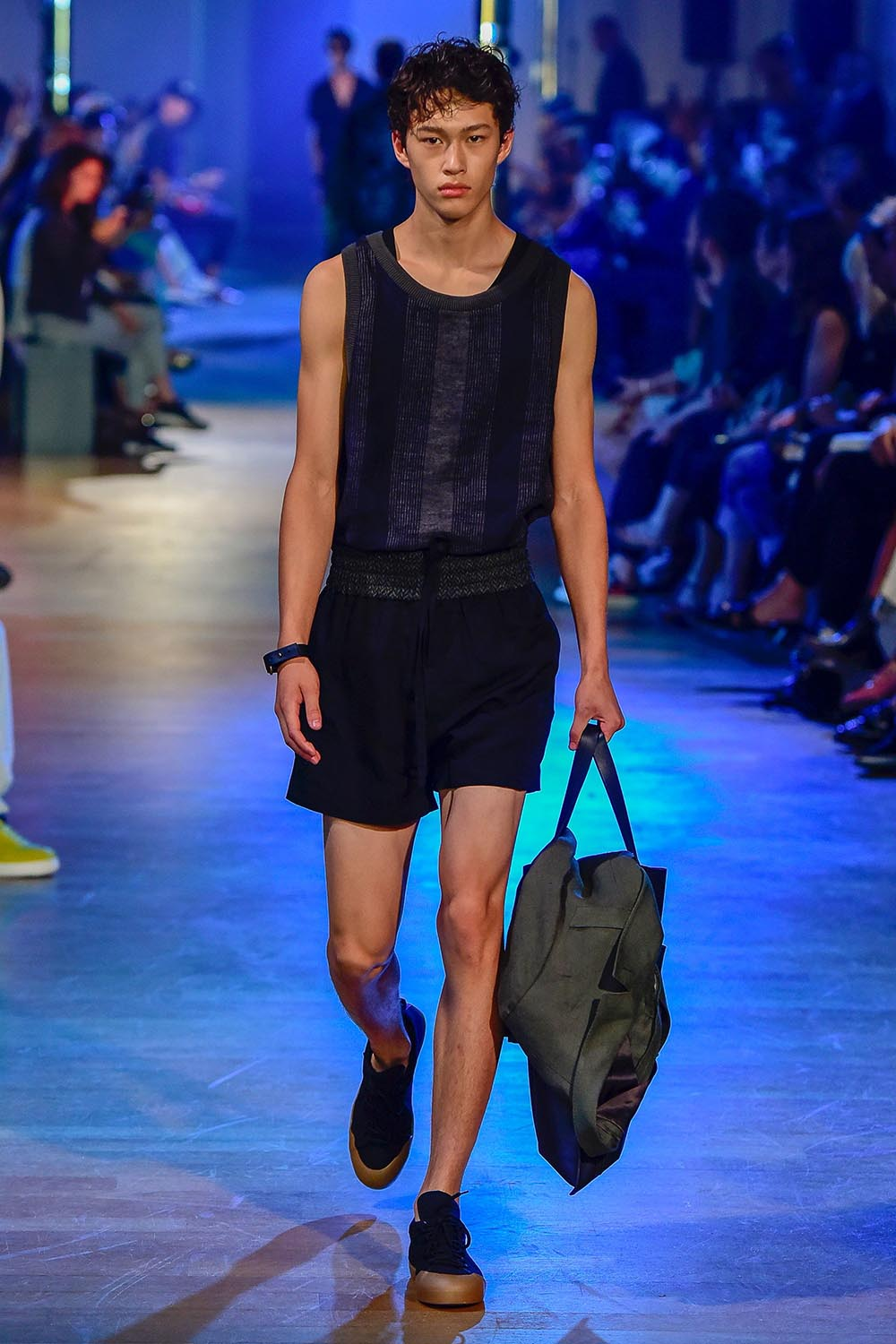 Cerruti 1881 Paris Fashion Week Men's SS19 - Sagaboi - Look 4