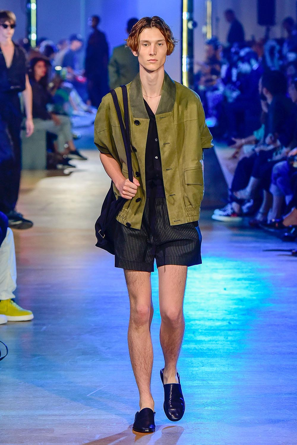 Cerruti 1881 Paris Fashion Week Men's SS19 - Sagaboi - Look 5