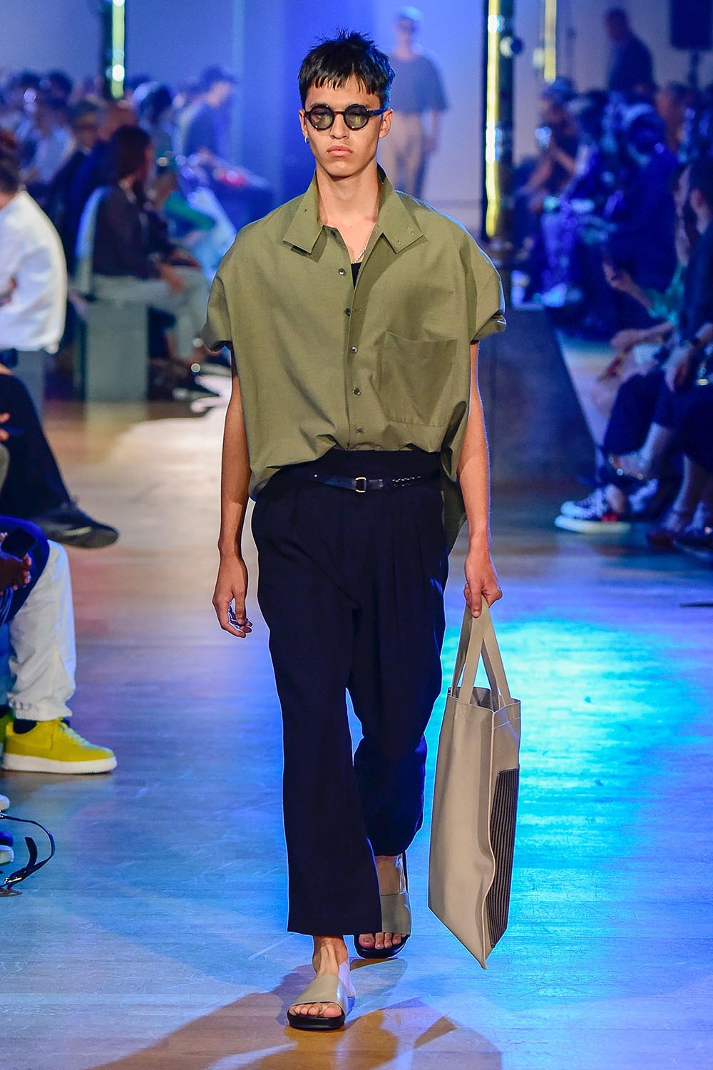 Cerruti 1881 Paris Fashion Week Men's SS19 - Sagaboi - Look 8