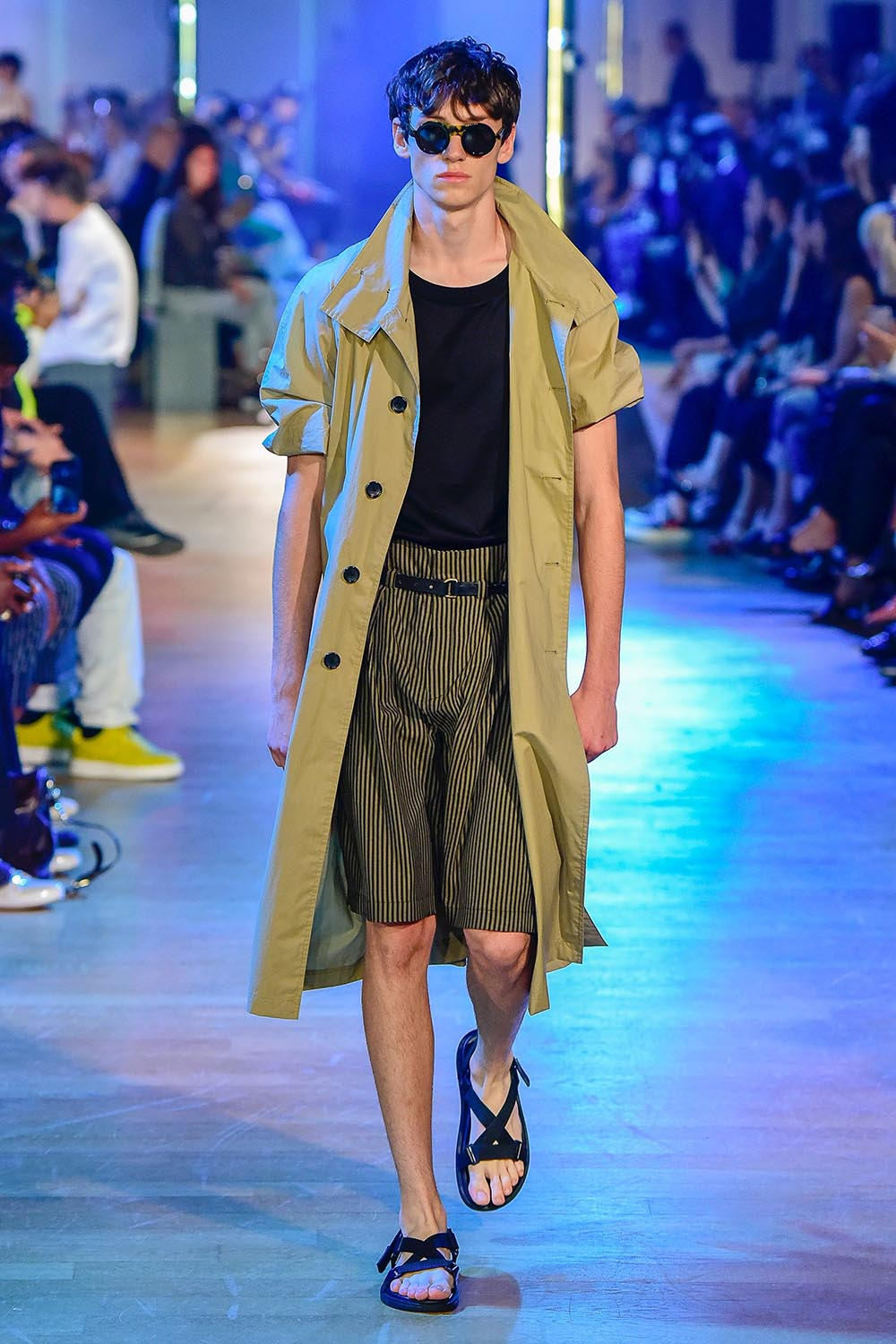 Cerruti 1881 Paris Fashion Week Men's SS19 - Sagaboi - Look 9
