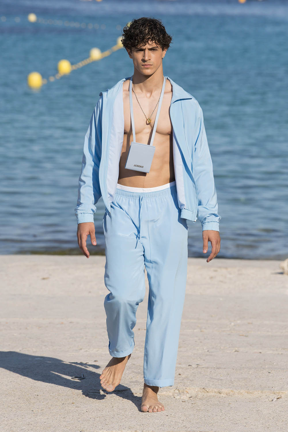 Jacquemus Paris Fashion Week Men's SS19 - Sagaboi - Look 1