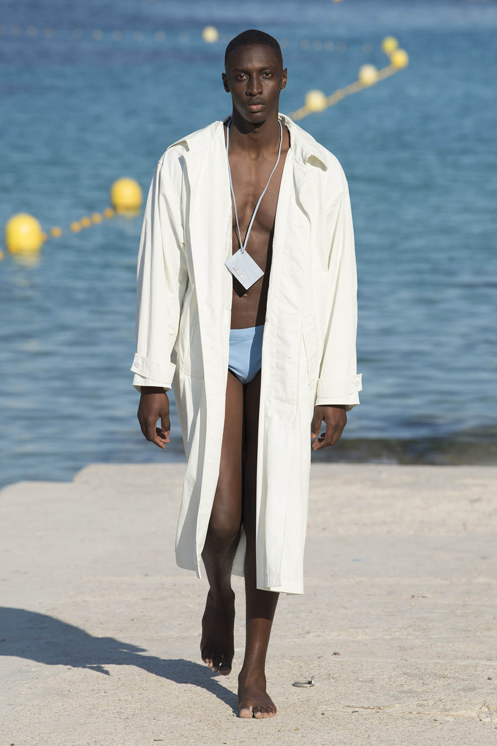 Jacquemus Paris Fashion Week Men's SS19 - Sagaboi - Look 15