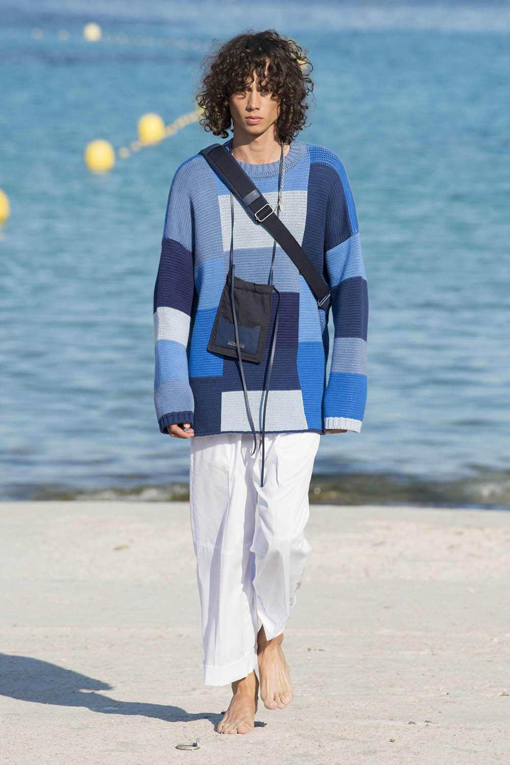 Jacquemus Paris Fashion Week Men's SS19 - Sagaboi - Look 16