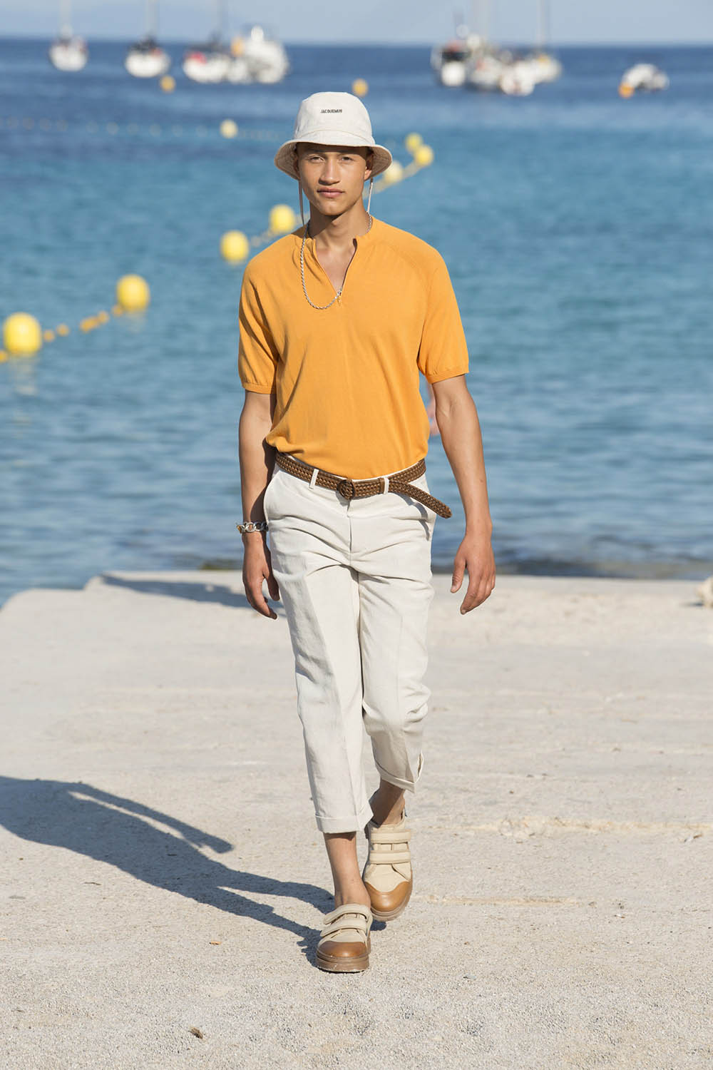 Jacquemus Paris Fashion Week Men's SS19 - Sagaboi - Look 17