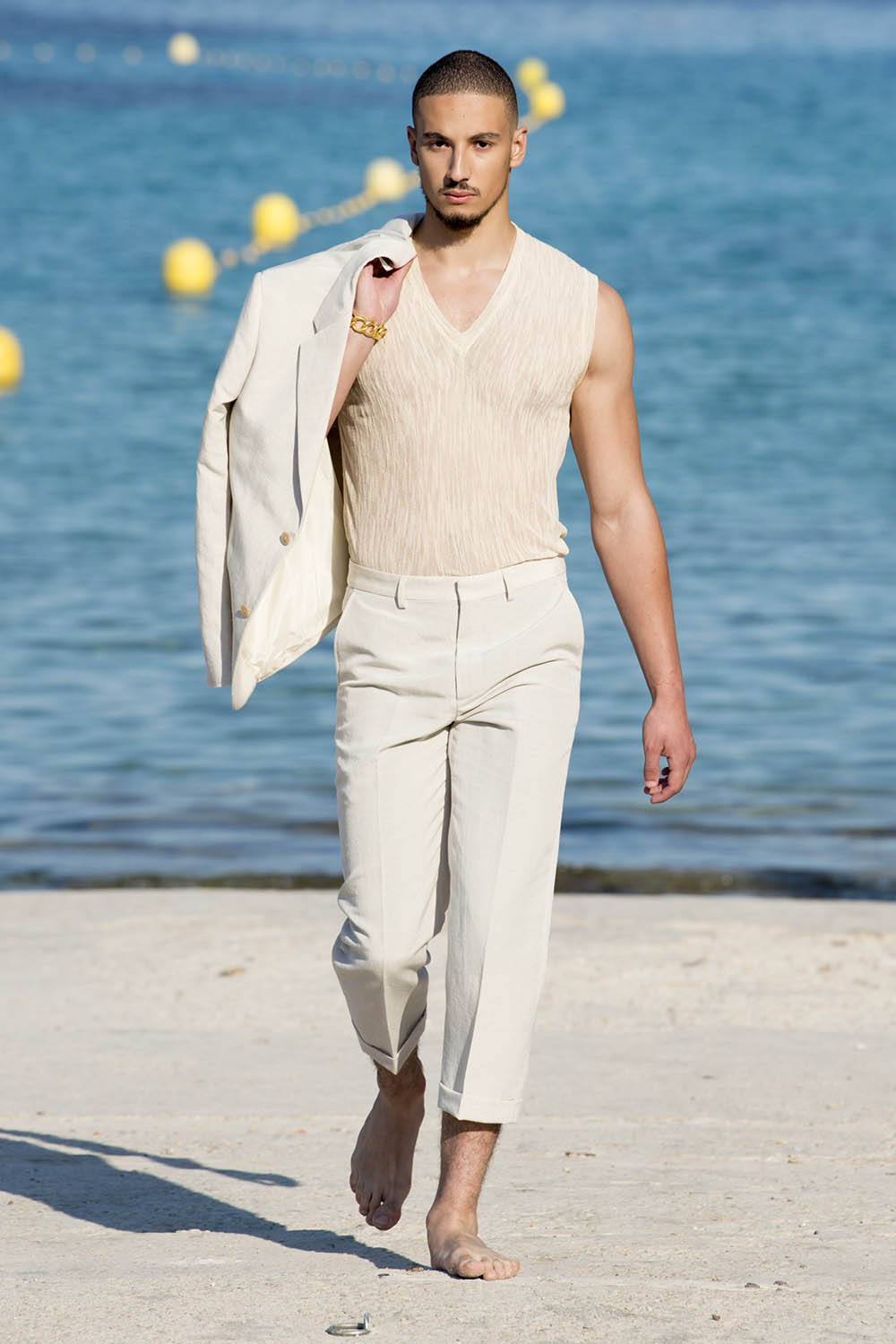 Jacquemus Paris Fashion Week Men's SS19 - Sagaboi - Look 21