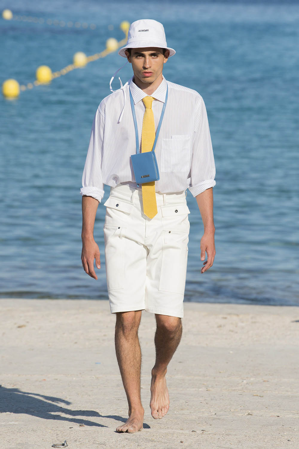 Jacquemus Paris Fashion Week Men's SS19 - Sagaboi - Look 28