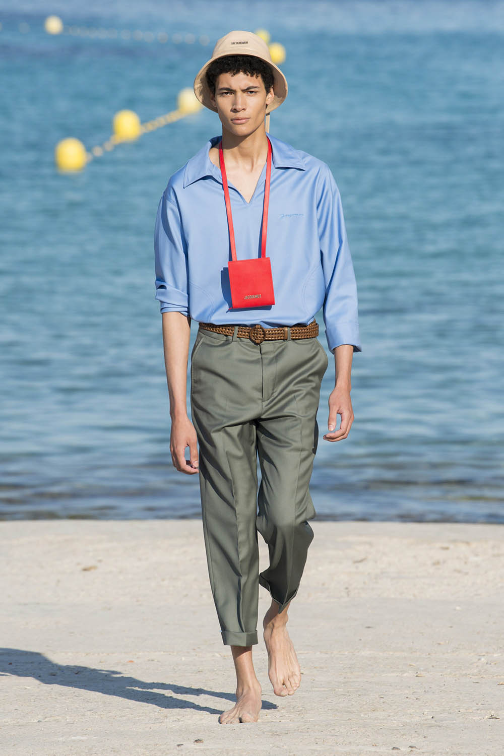 Jacquemus Paris Fashion Week Men's SS19 - Sagaboi - Look 31