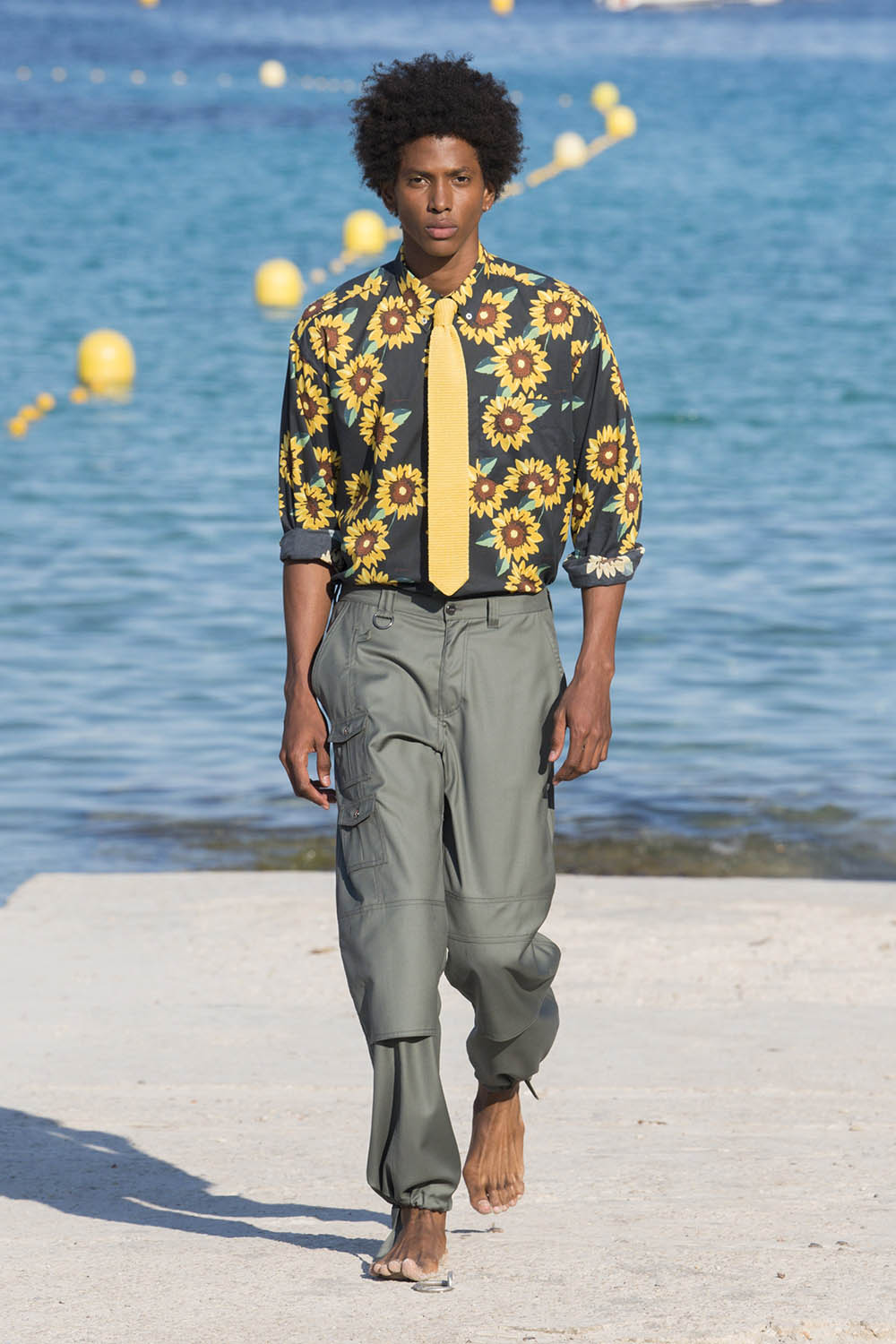 Jacquemus Paris Fashion Week Men's SS19 - Sagaboi - Look 9