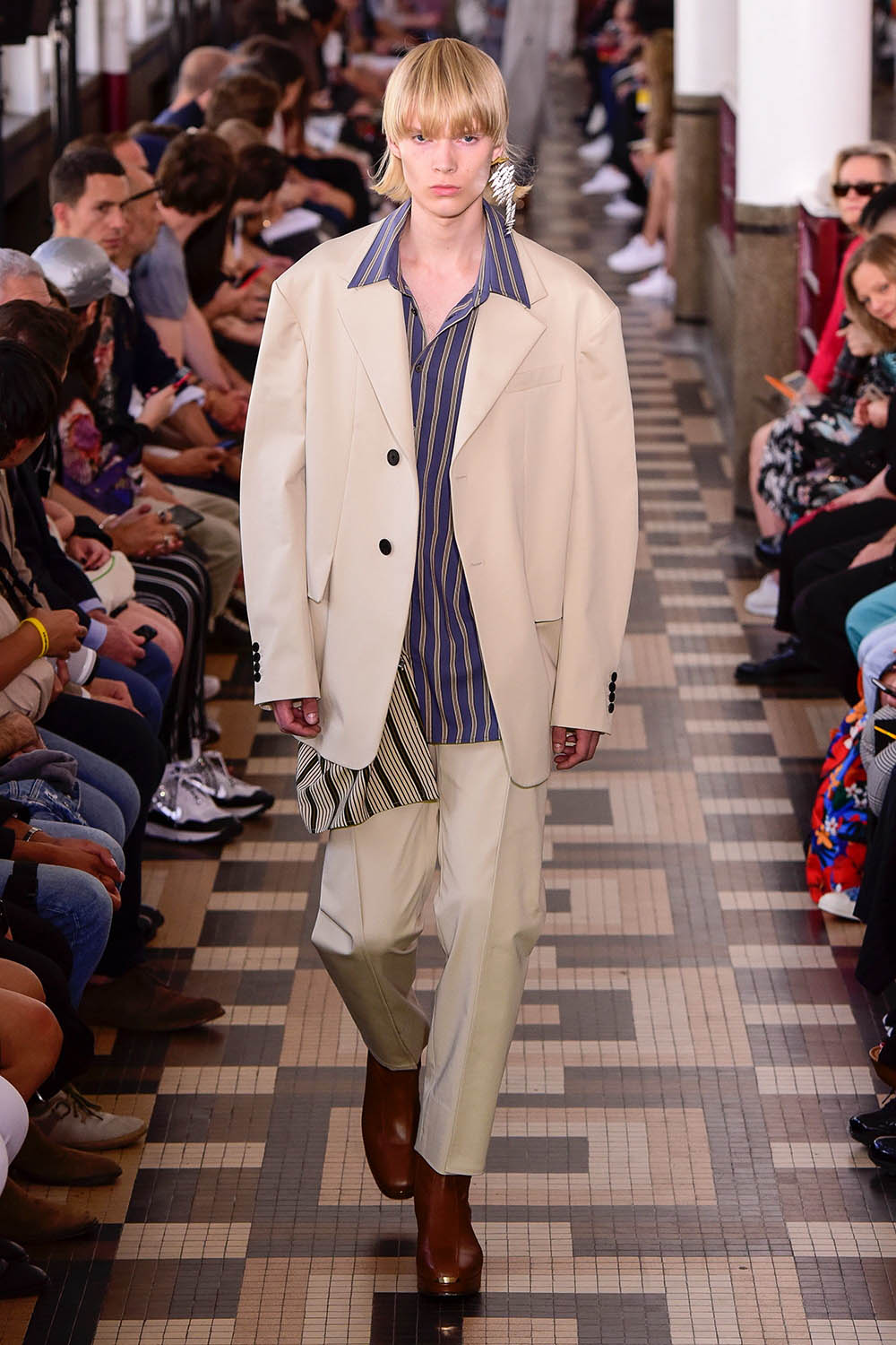 Wooyoungmi Paris Fashion Week Men's SS19 - Sagaboi - Look 6