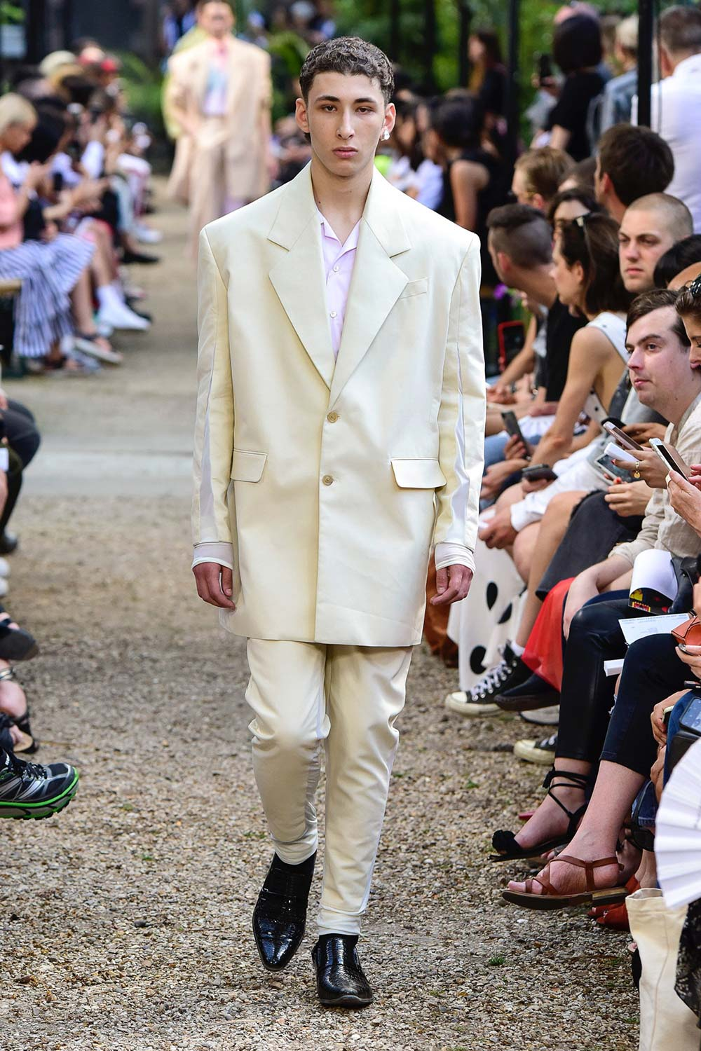 Y Project Paris Fashion Week Men's SS19 - Sagaboi - Look 15