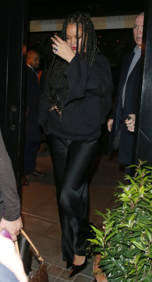 rihanna-bafta-after-party-sagaboi-1-1